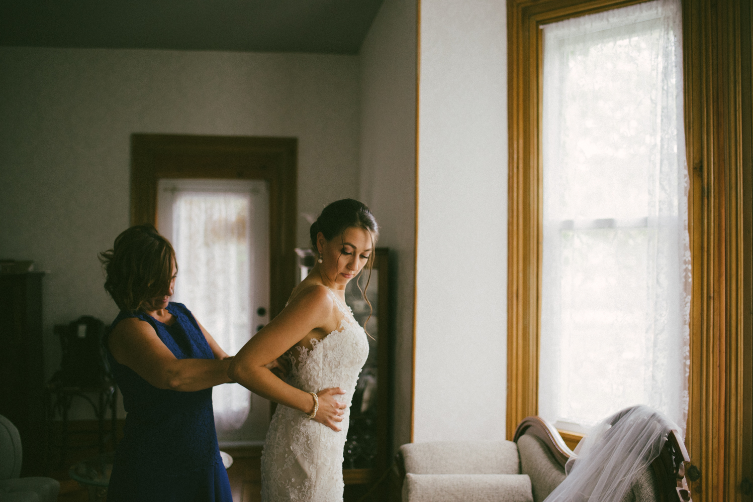 Beamer Falls Wedding - Hamilton Wedding Photographer