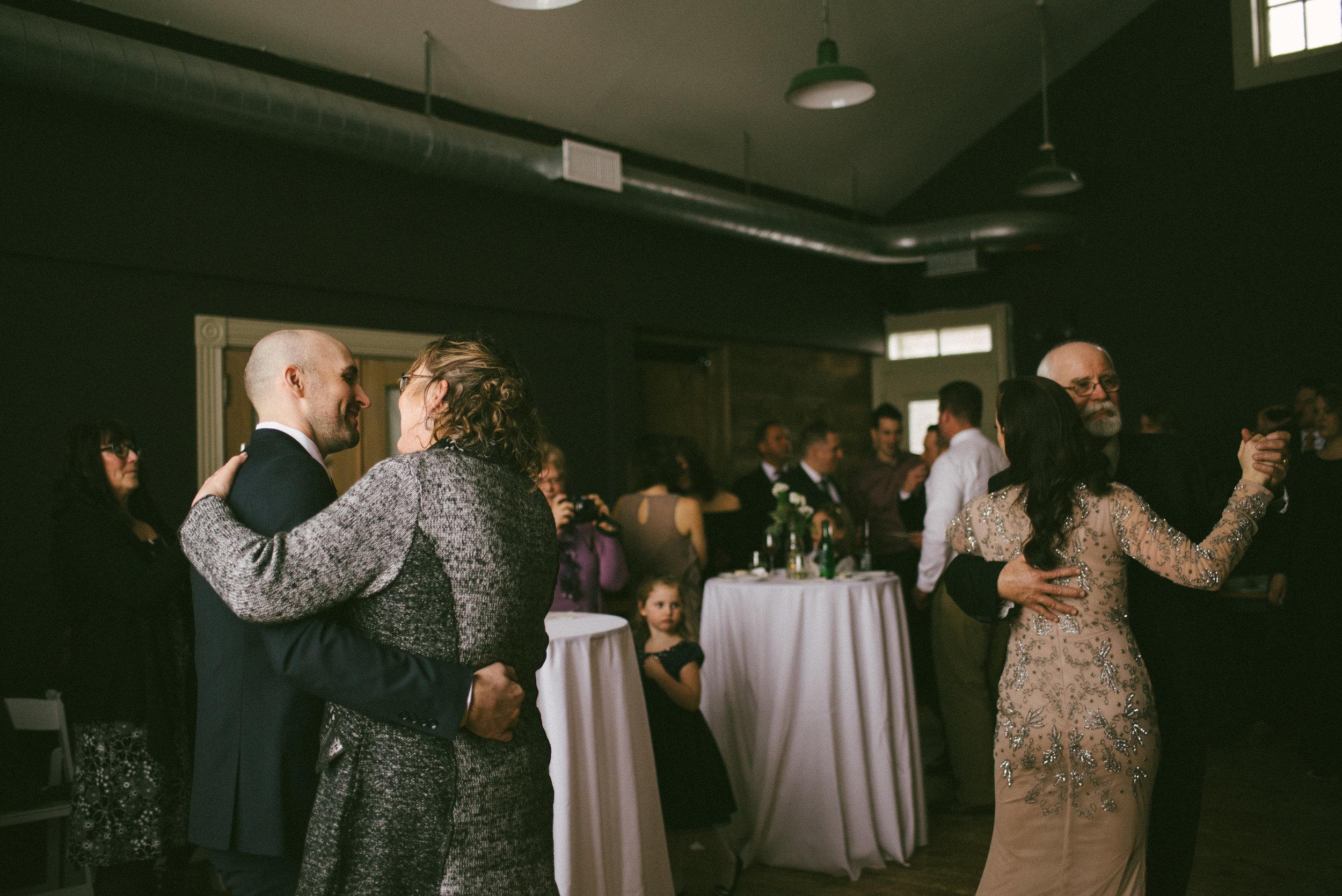 andrea-jake-wedding-490.jpg