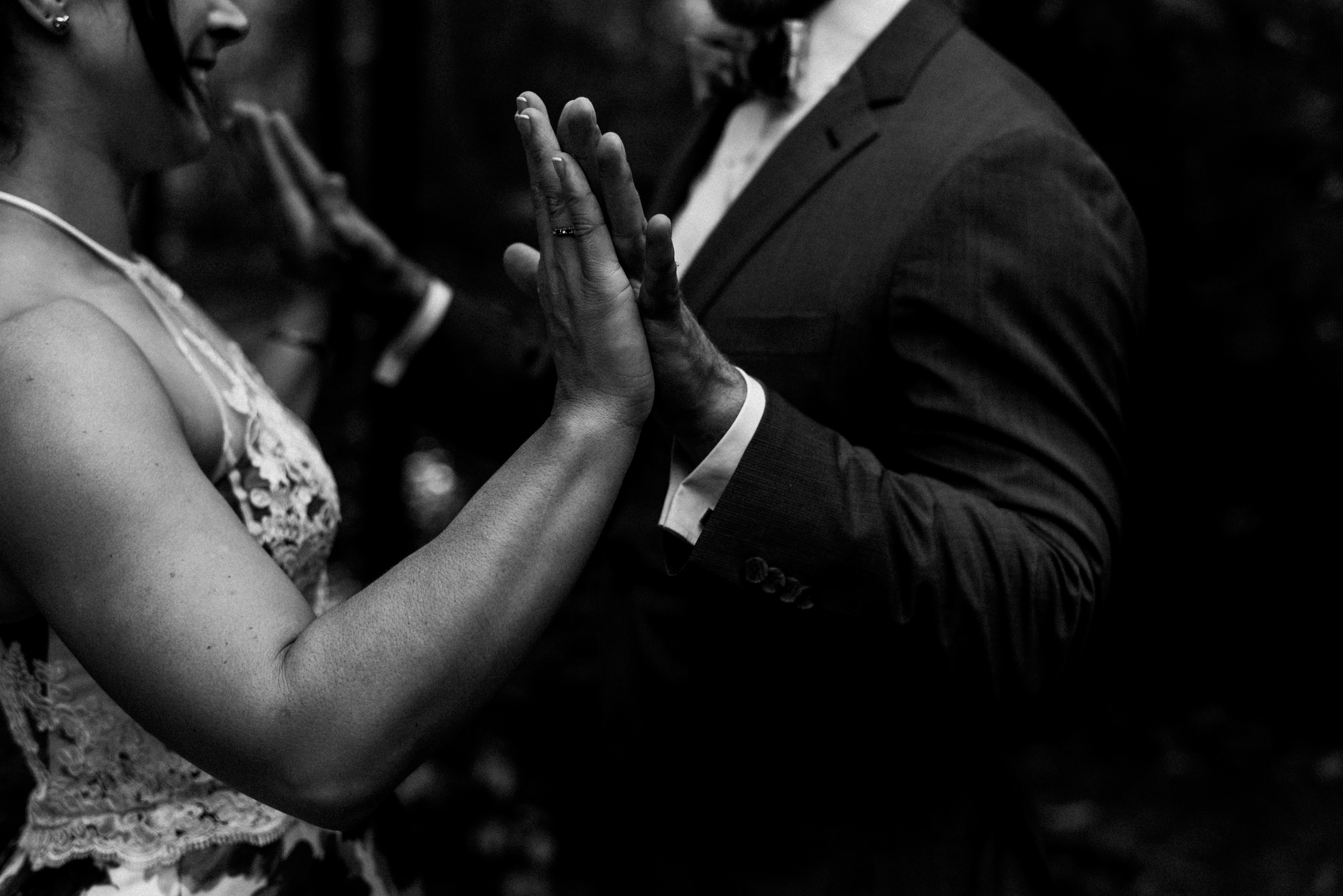 fraser-cottage-grand-bend-wedding-photographer-21.jpg