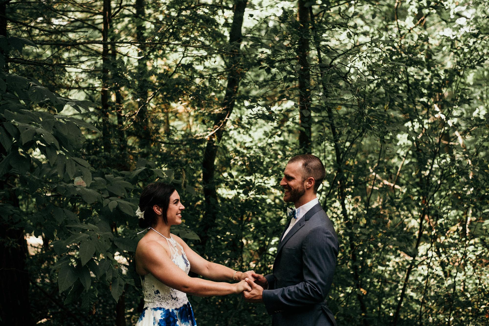fraser-cottage-grand-bend-wedding-photographer-20.jpg