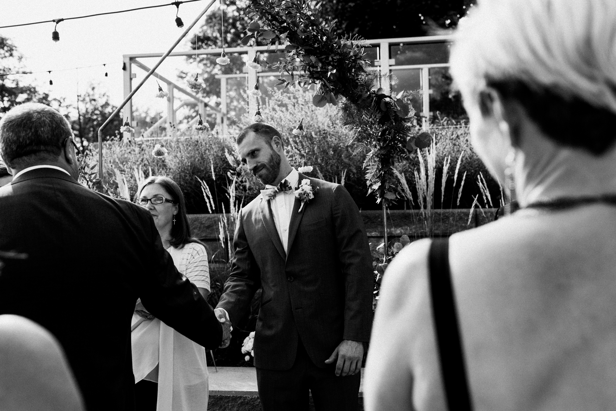 fraser-cottage-grand-bend-wedding-photographer-36.jpg