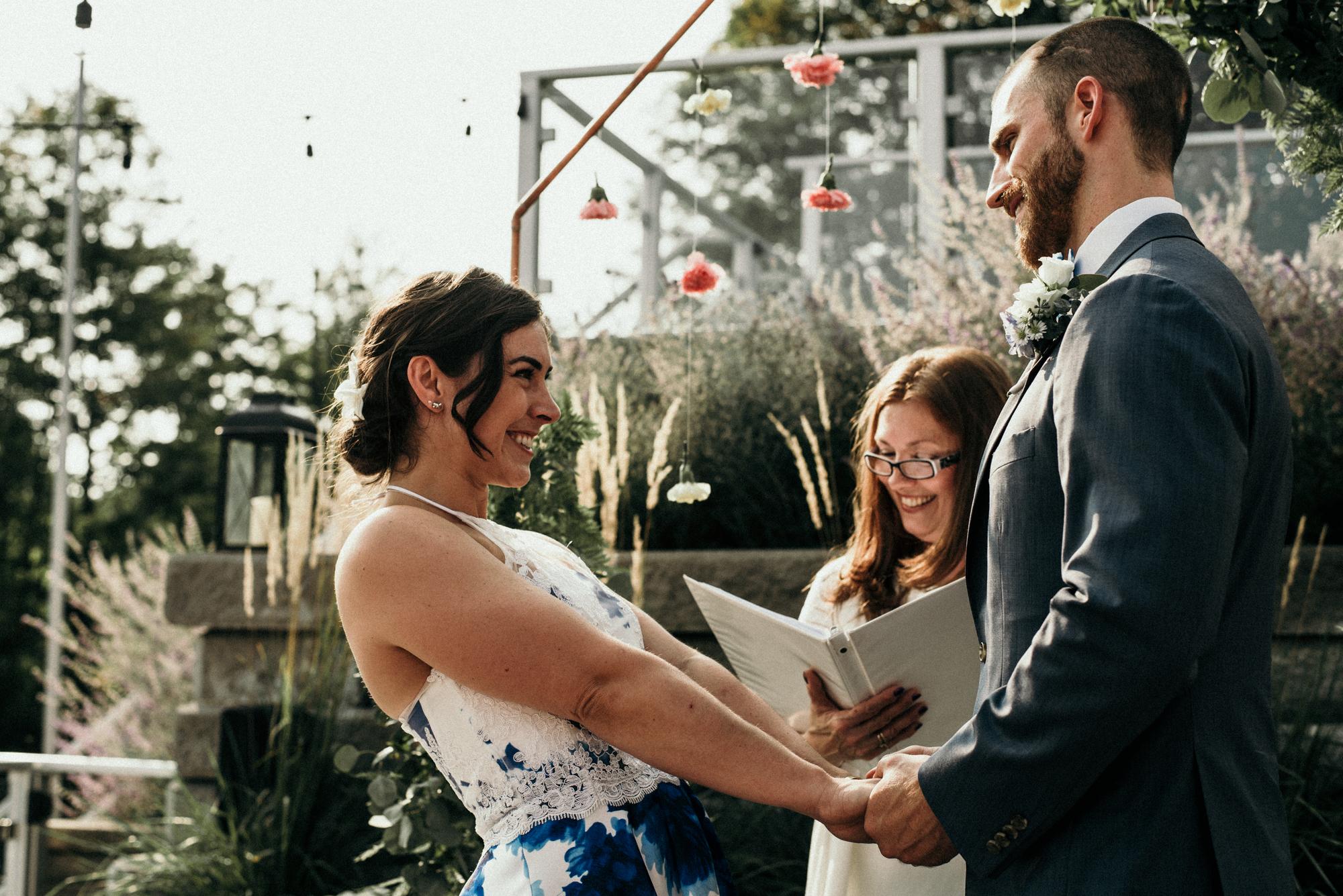 fraser-cottage-grand-bend-wedding-photographer-45.jpg