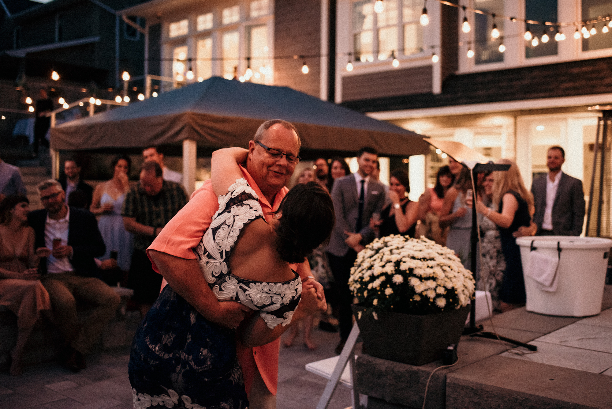 fraser-cottage-grand-bend-wedding-photographer-118.jpg
