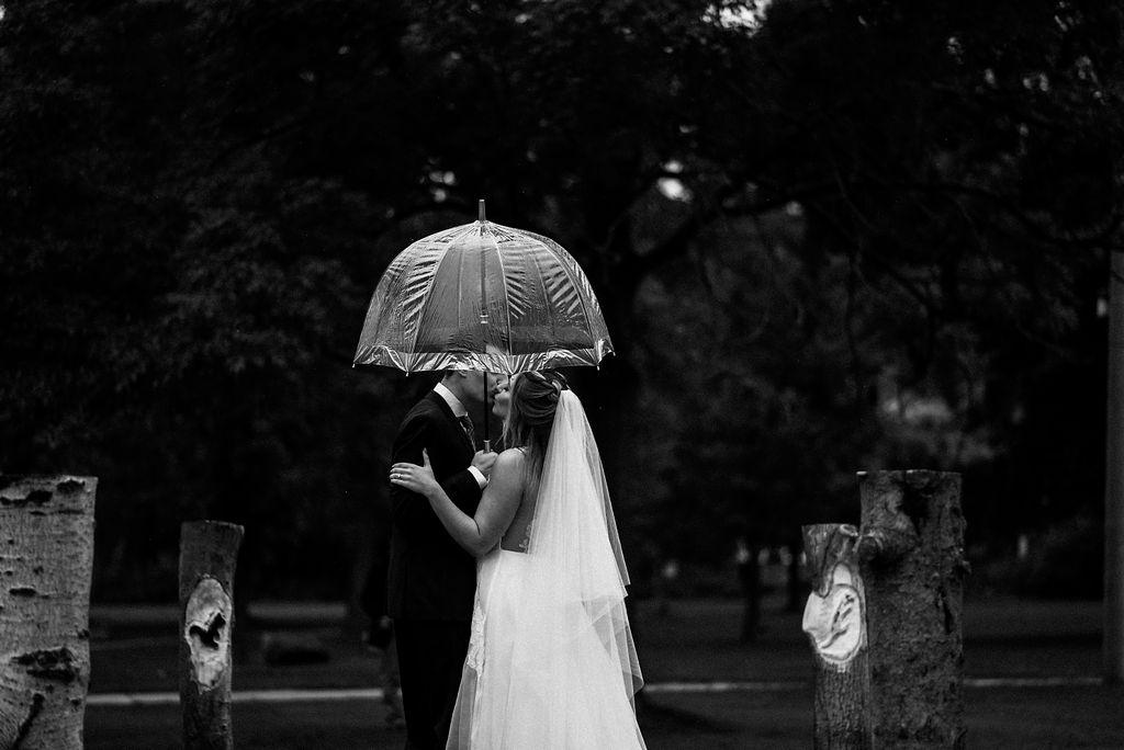 lina-alex-torontoislandwedding-105.jpg