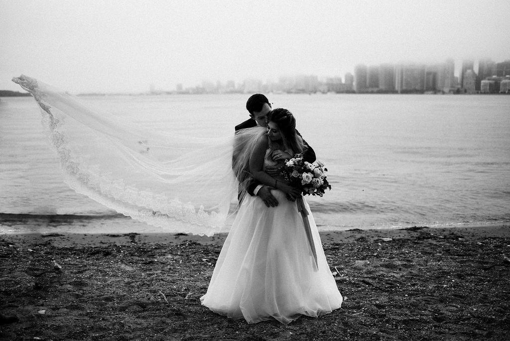 lina-alex-torontoislandwedding-118.jpg
