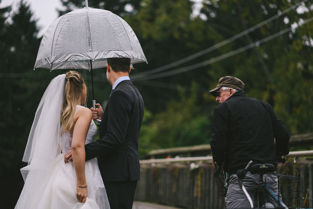 lina-alex-torontoislandwedding-150.jpg
