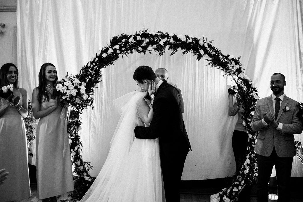 lina-alex-torontoislandwedding-219.jpg