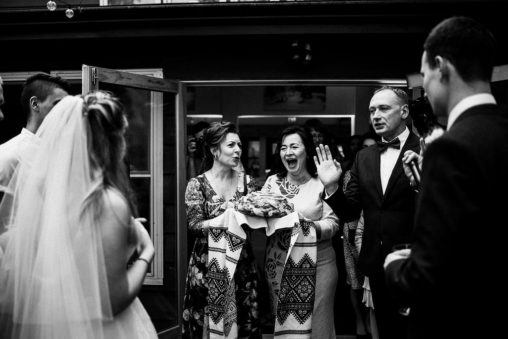 lina-alex-torontoislandwedding-251.jpg