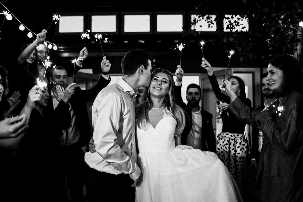 lina-alex-torontoislandwedding-478.jpg