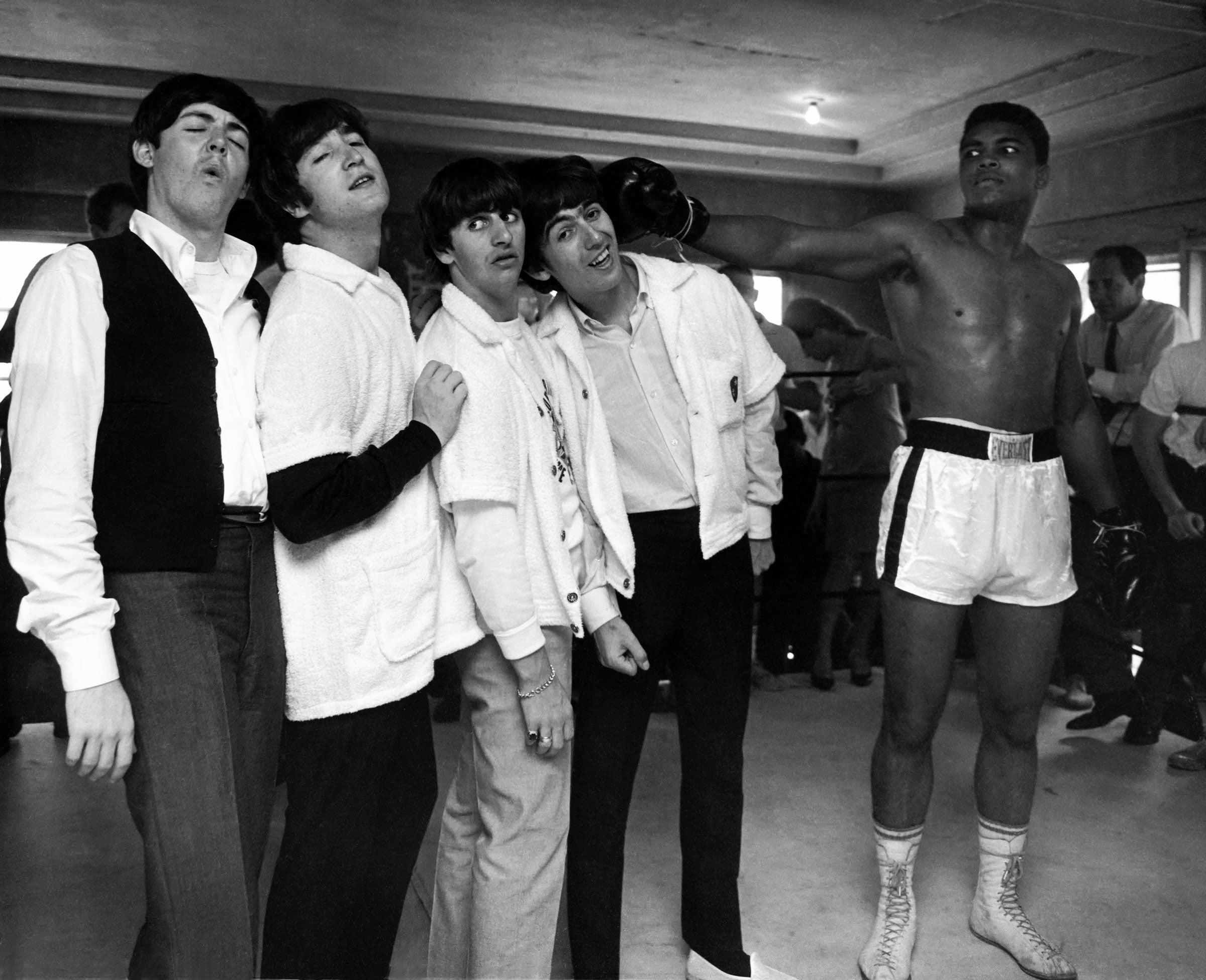 Beatles-Ali-Hits-George___USED-NORMAL-Retd.24-x-30.jpg