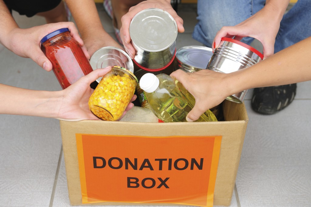 Thanksgiving-food-drive-1024x682.jpg