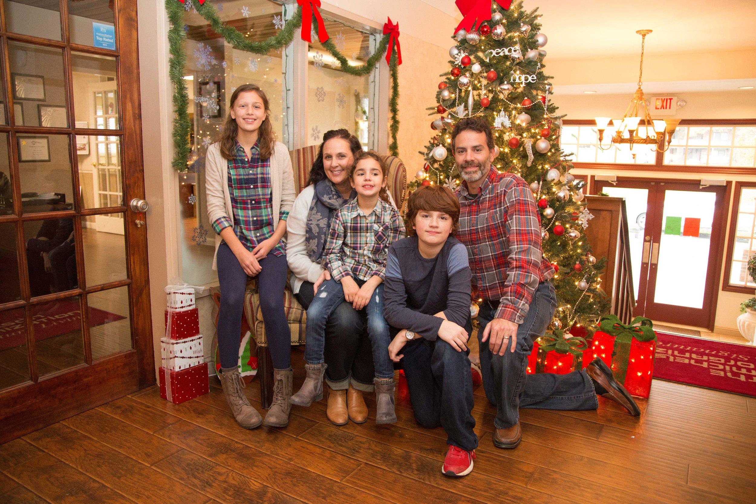 2016 Christmas Brunch-5458.jpg