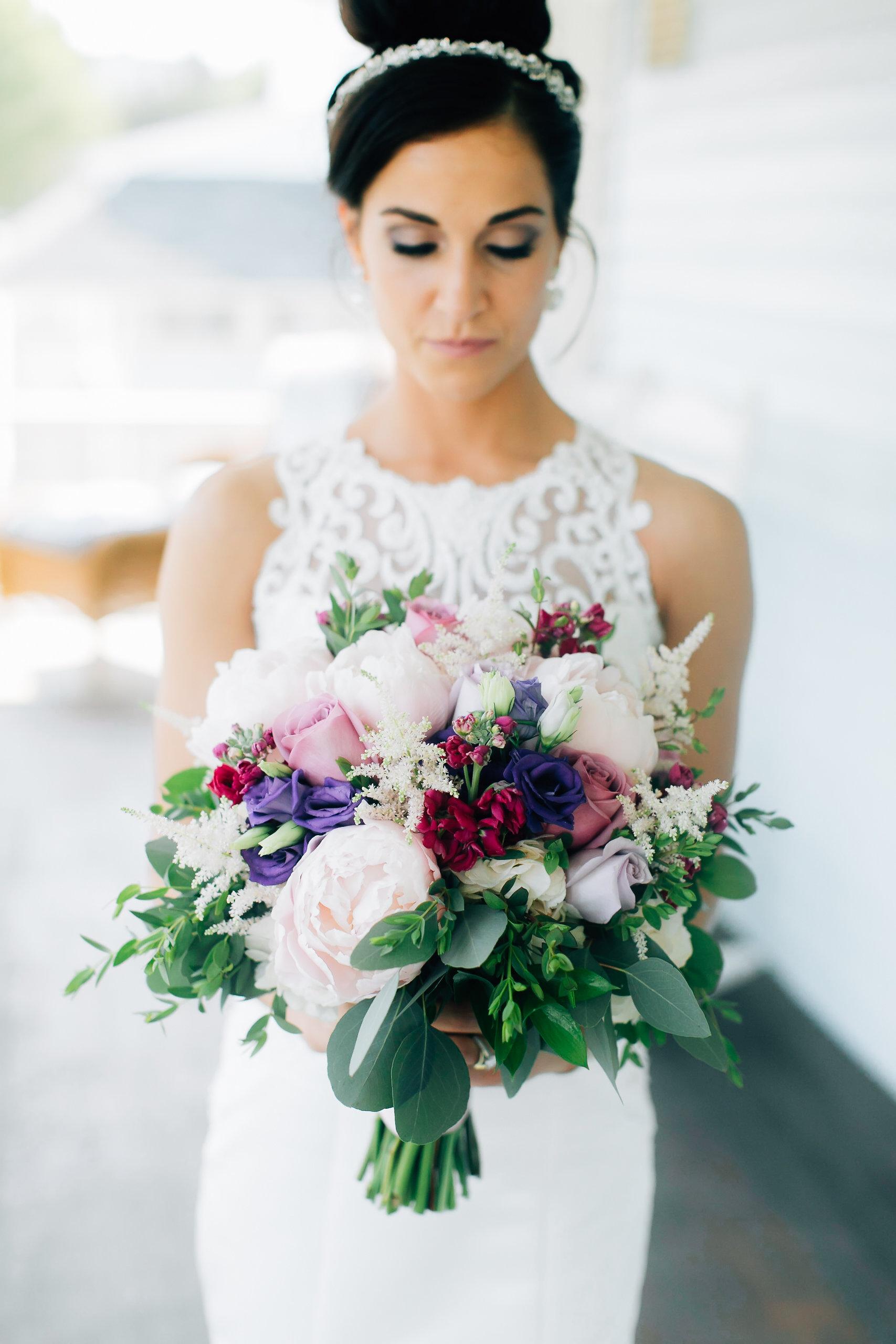 MagdalenaStudios_WeddingPhotographer_WillowCreekWinery_CarissaJoe-216.jpg