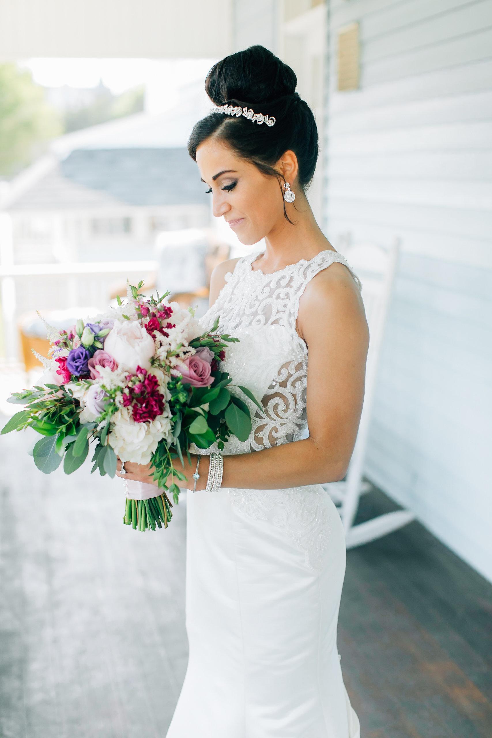 MagdalenaStudios_WeddingPhotographer_WillowCreekWinery_CarissaJoe-220.jpg