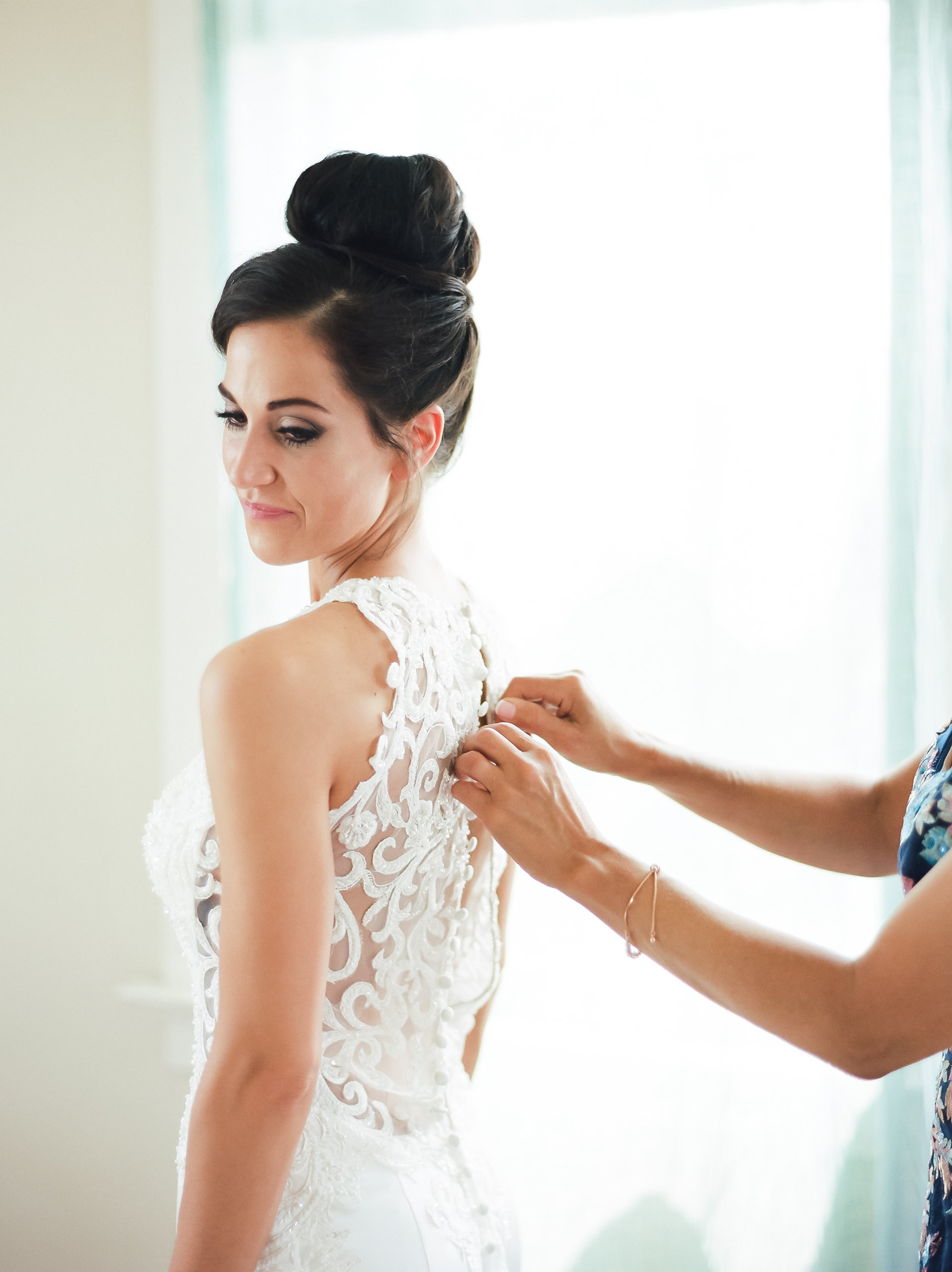 MagdalenaStudios_WeddingPhotographer_WillowCreekWinery_CarissaJoe-201.jpg
