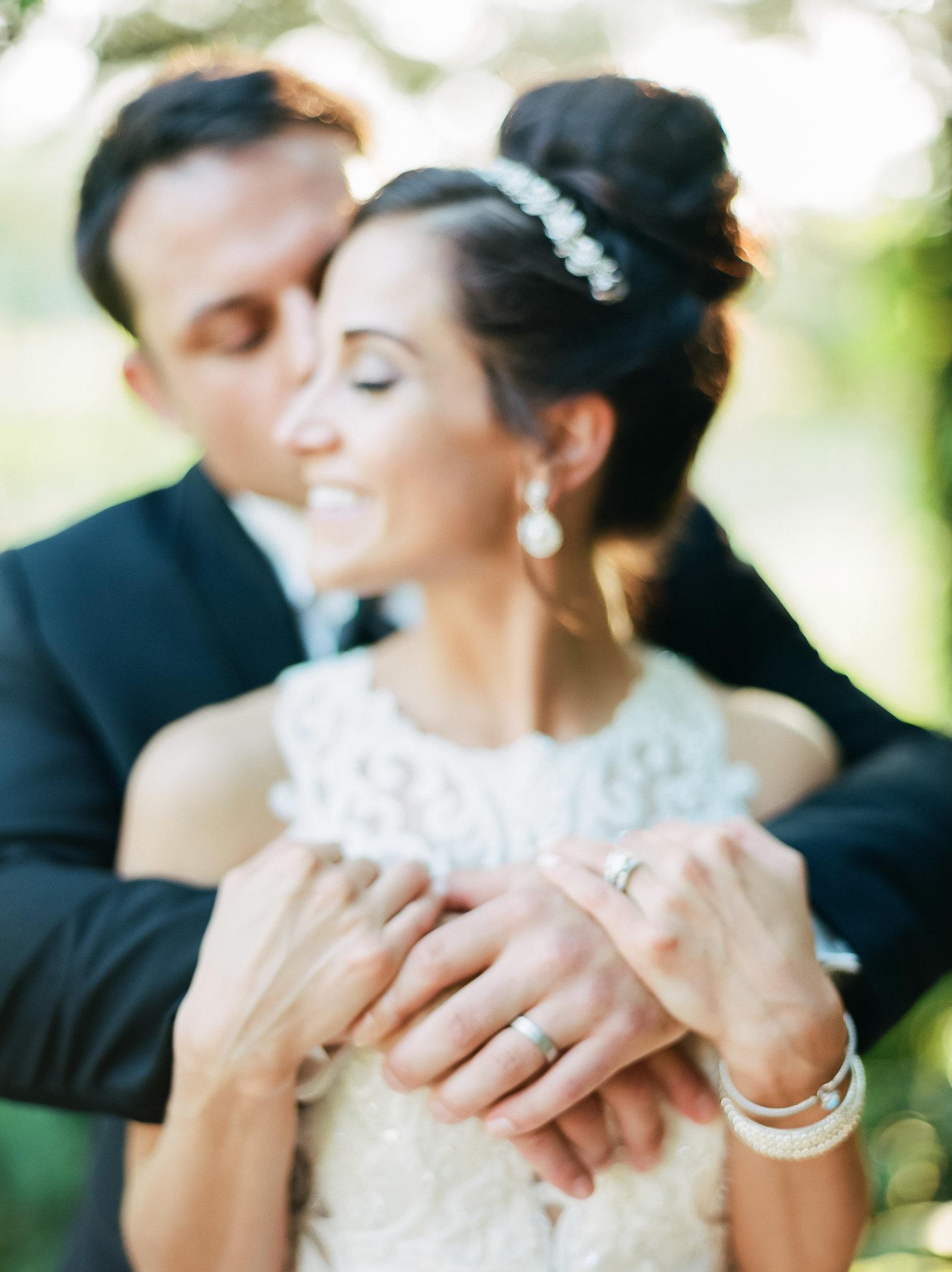 MagdalenaStudios_WeddingPhotographer_WillowCreekWinery_CarissaJoe-455.jpg