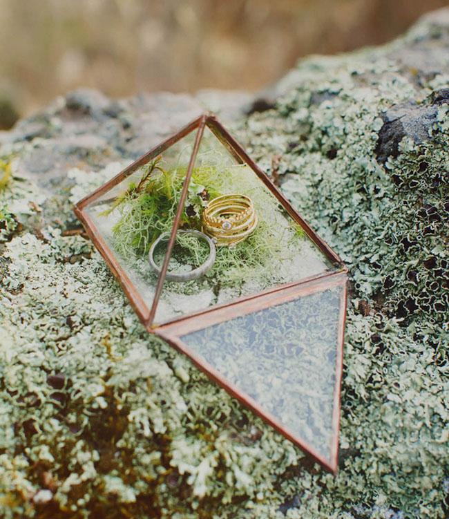 STYLED WEDDING SHOOT // GREEN WEDDING SHOES.COM