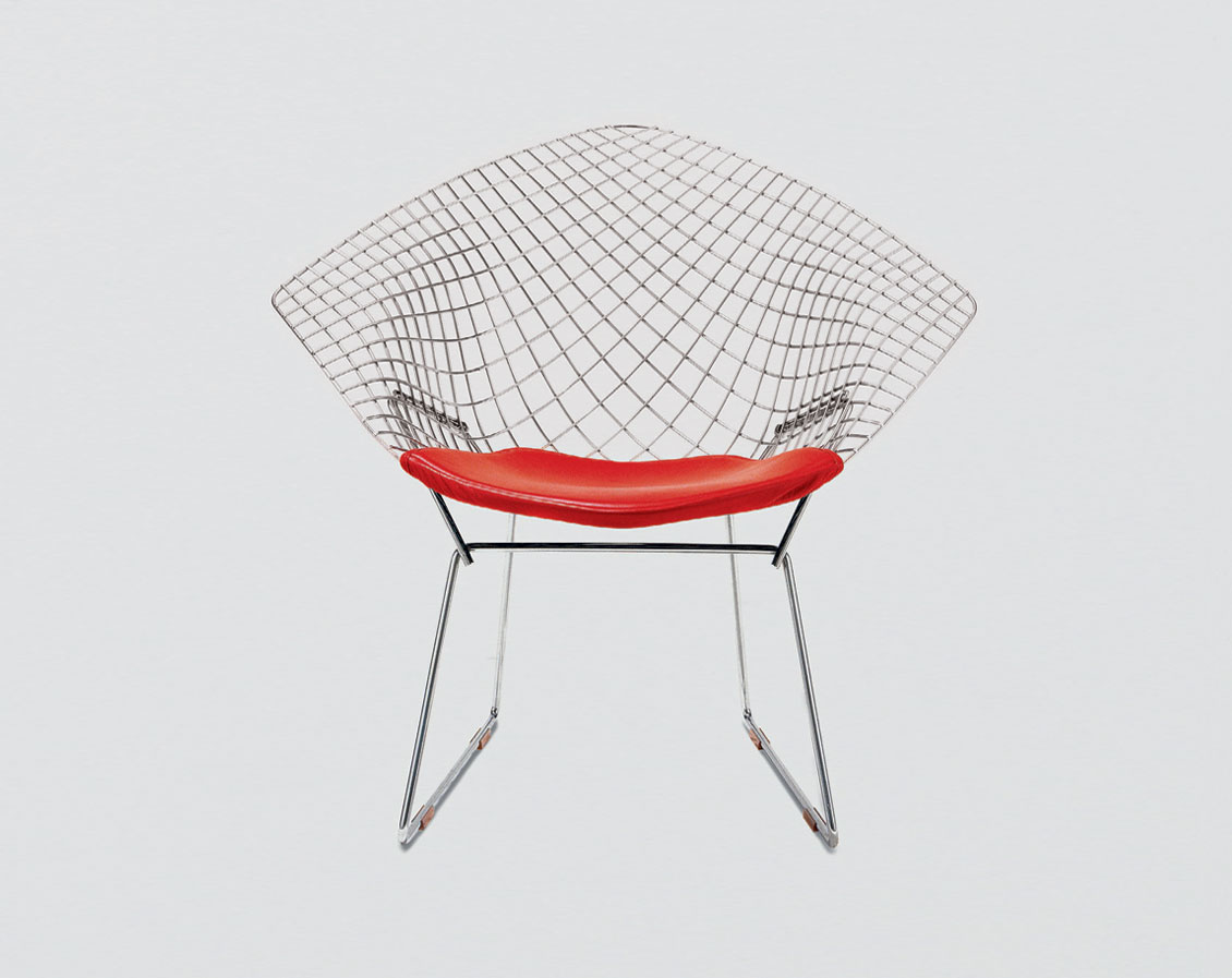 The Diamond chair by Harry Bertoia, manufactured by Knoll