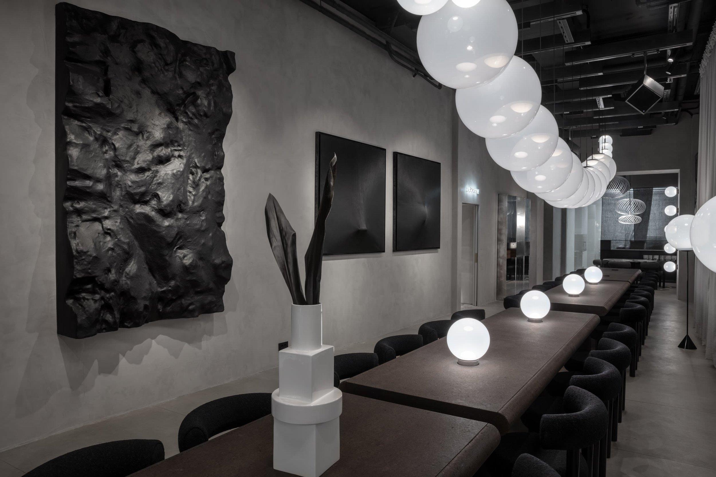 The Manzoni dining room. Image via tomdixon.net