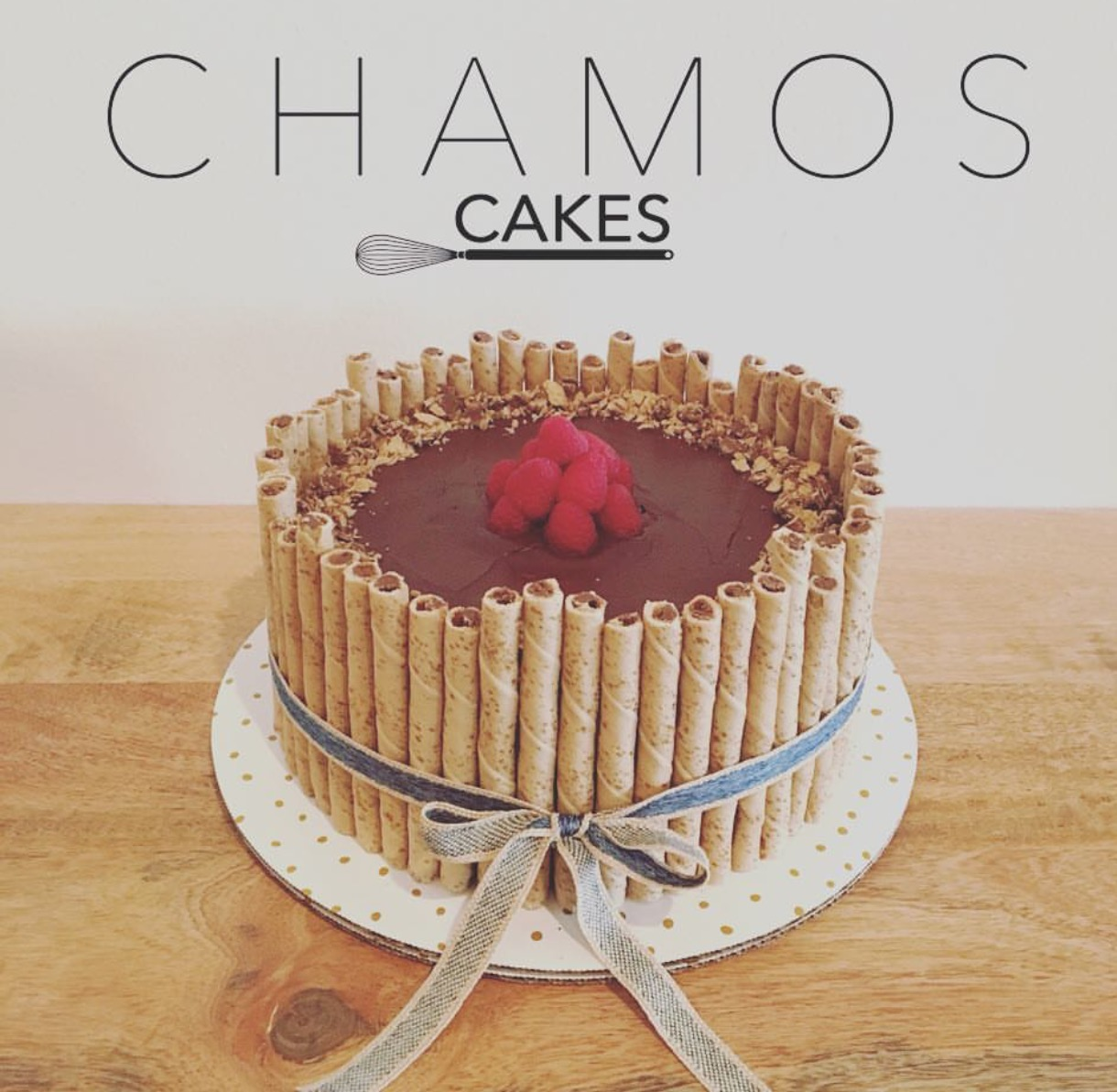 give them a follow on instagram @chamoscakes