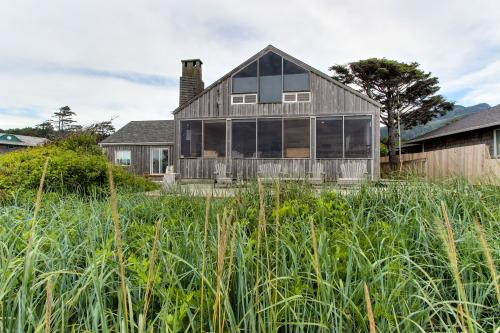 arch cape house