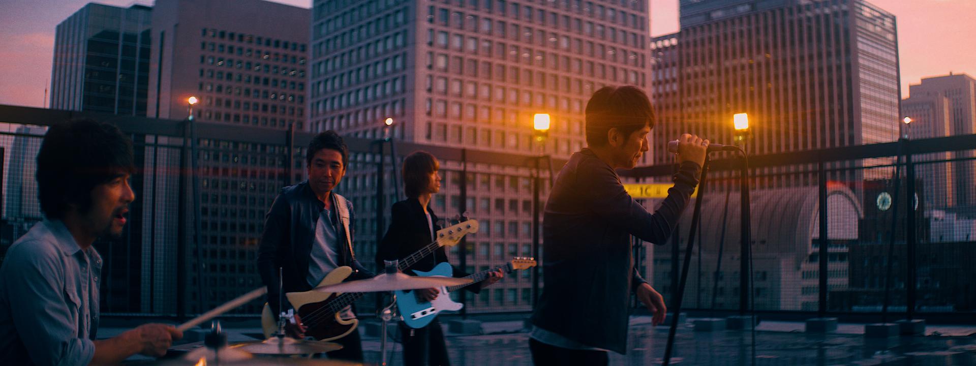 band_edit04.00_01_49_14.Still007.jpg