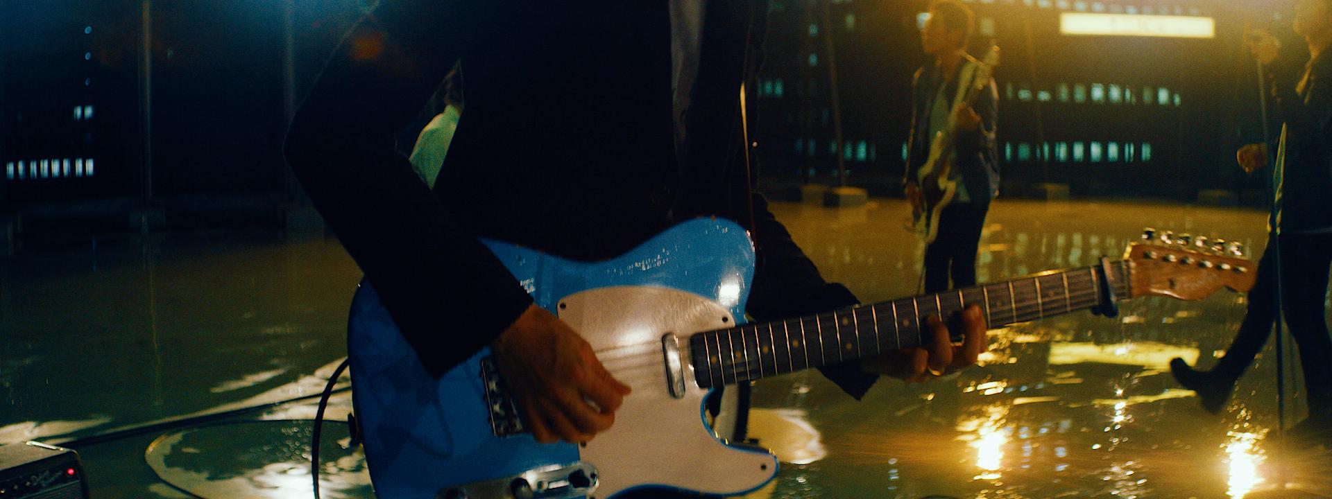 band_edit04.00_03_23_02.Still015.jpg