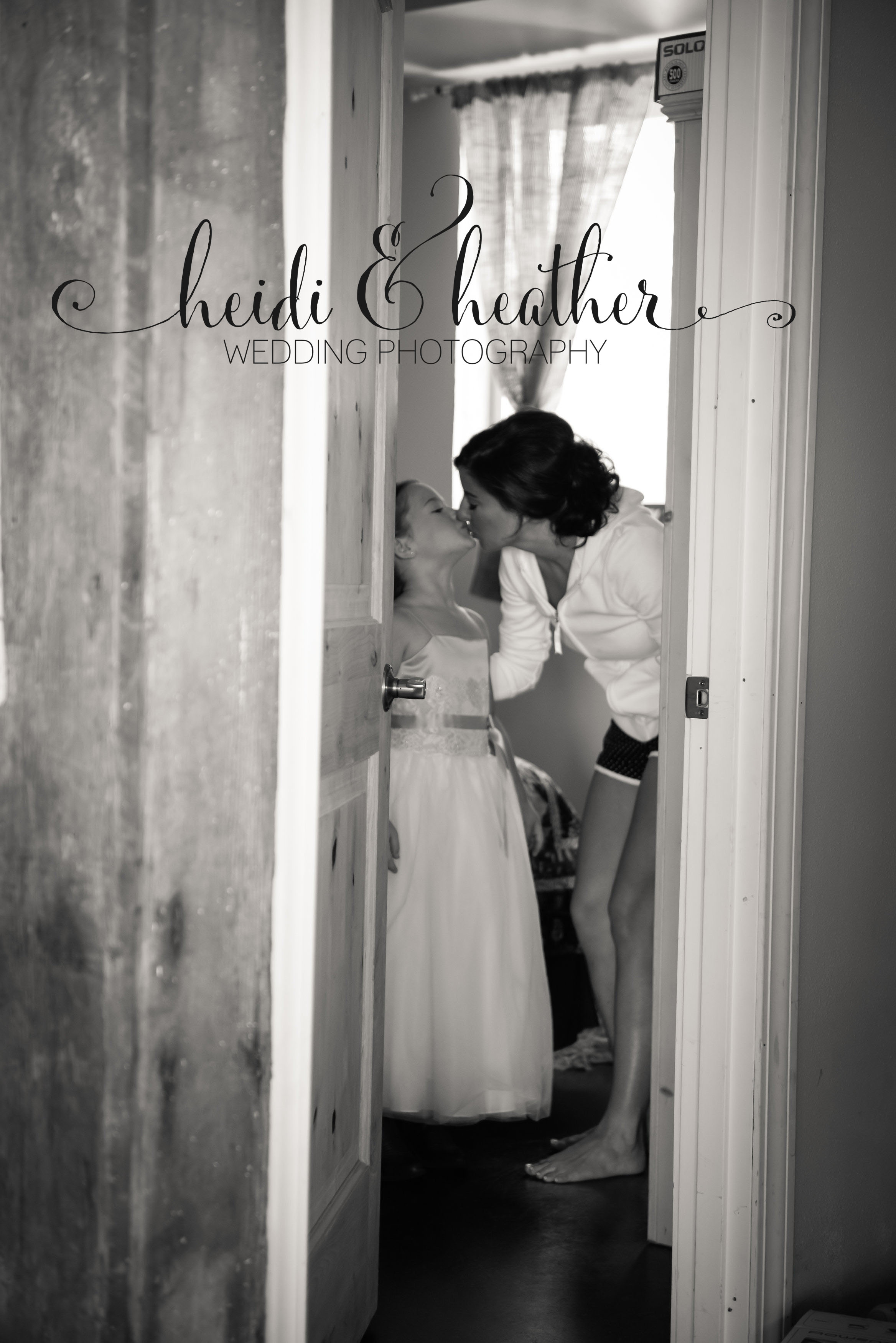 M M LOVE Monteleon Wedding-Getting Ready M M Love Synced Correctly-0004.jpg
