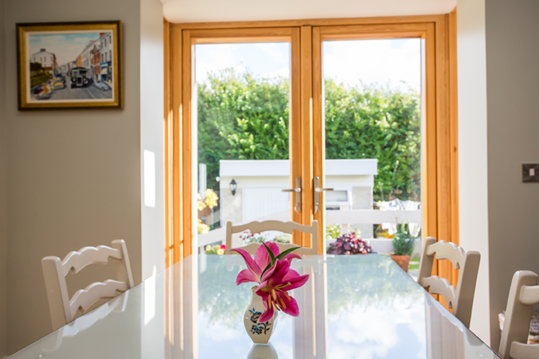 dinning-interior-design-contemporary-house-bray.jpg
