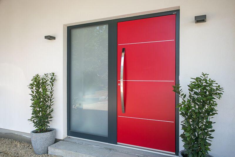 06_front door.jpeg