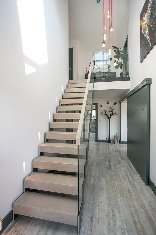 07_stairs.jpeg