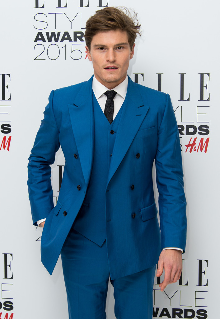 Oliver Cheshire Double Breasted suit | Sam Squire UK Male Fashion & Lifestyle Blogger