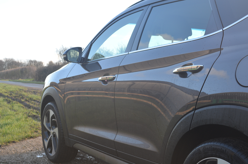 Hyundai Tucson Review | Sam Squire UK Male blogger