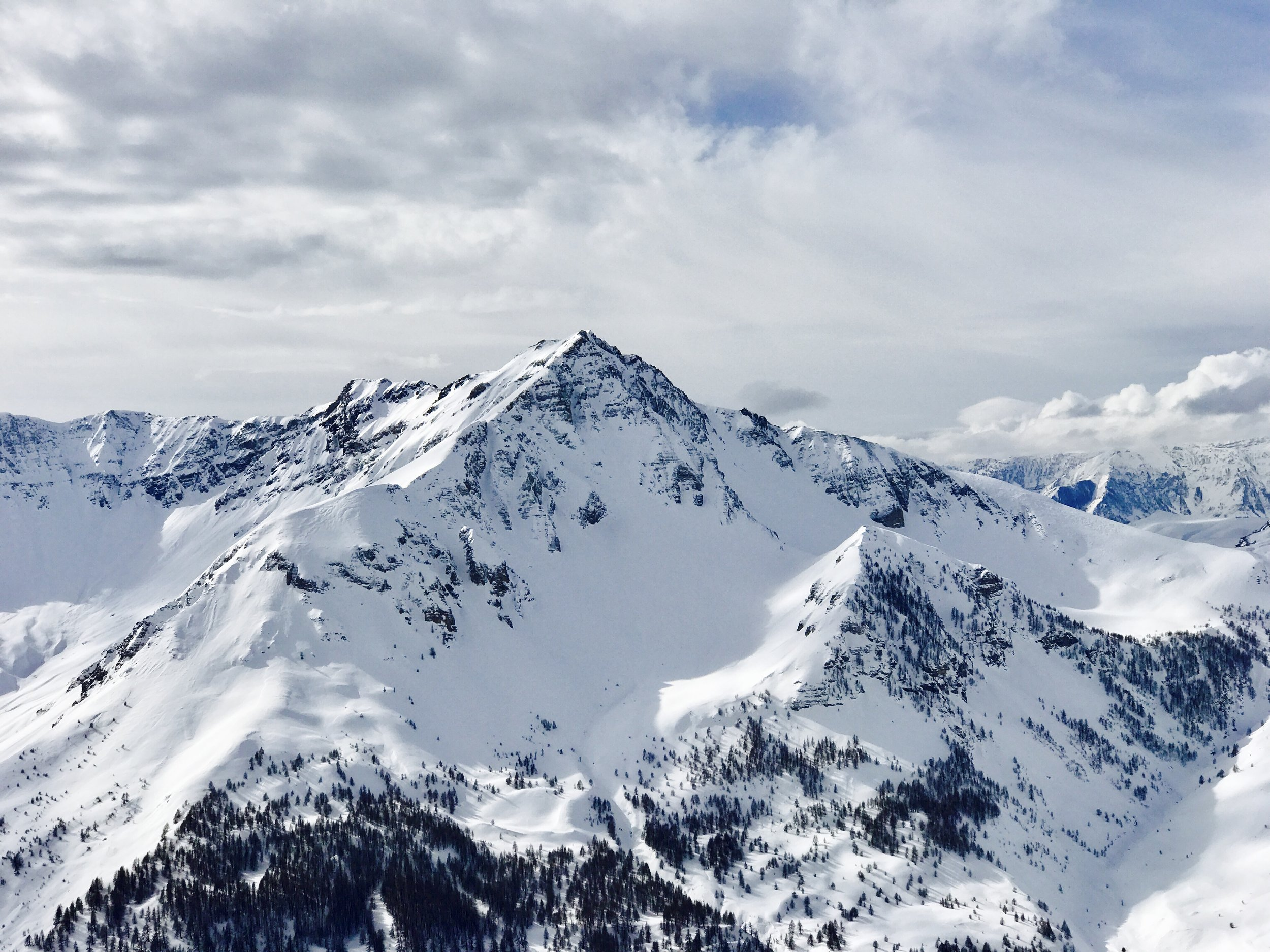 Snow Locations Travel Guide | The Man's Handbook Travel Blog