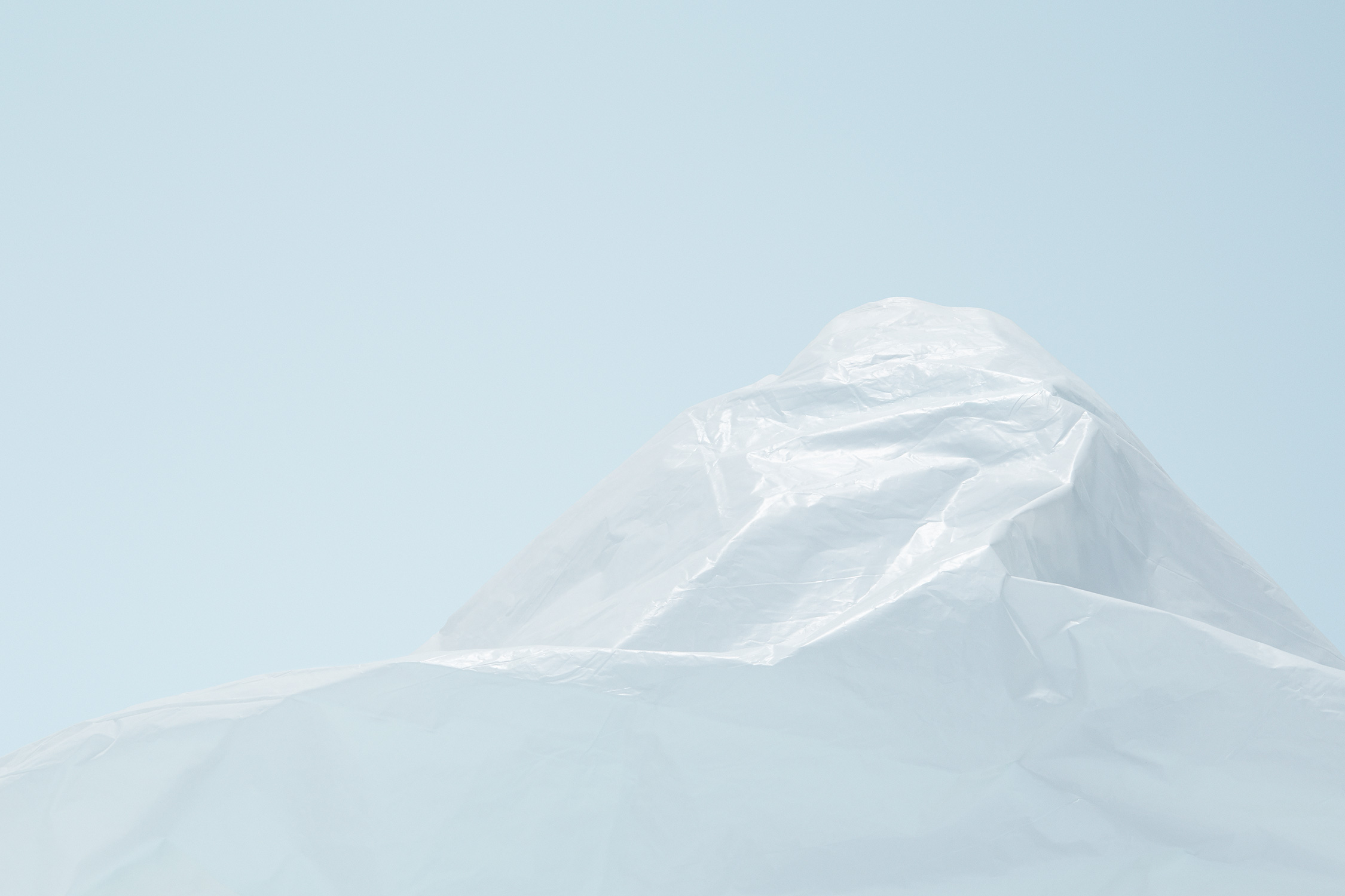 20160317_Plastic_mountains_1999_FRONT_01a_FLAT.jpg