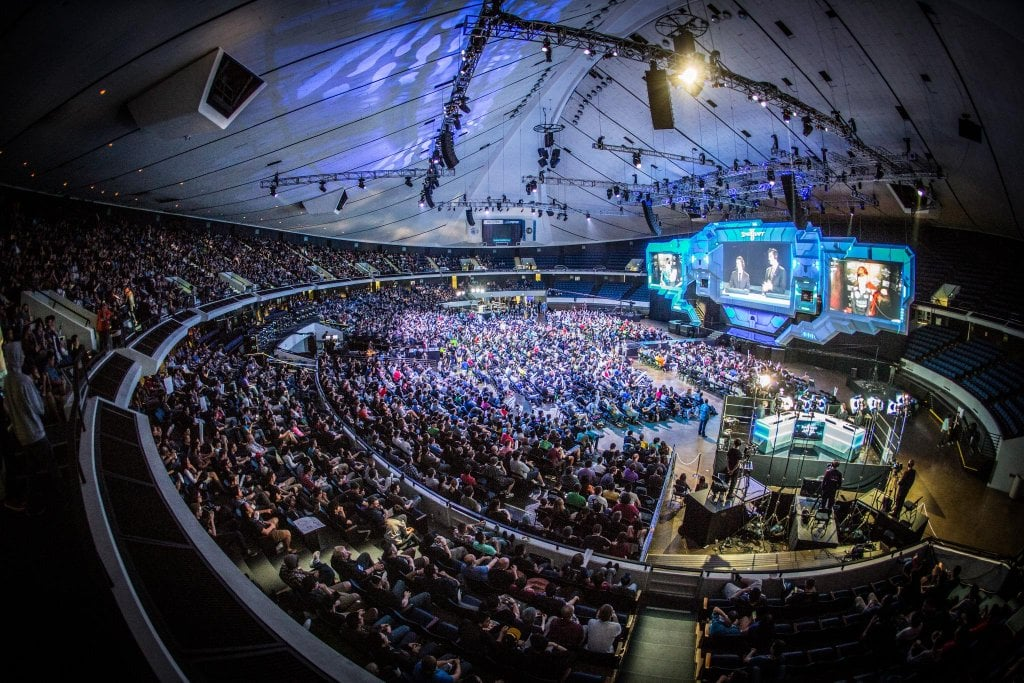 Starcraft finals at Blizzcon 2015. A beautiful and world class display of what Grand Championships look like today.