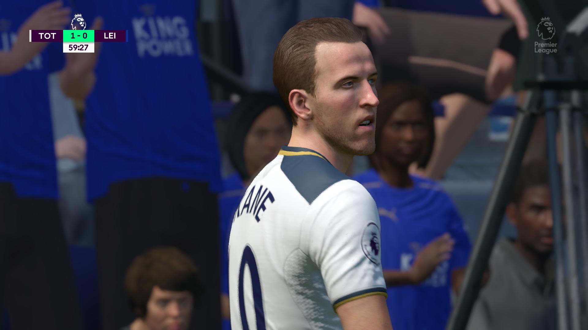 FIFA 17 02.16.2017 - 23.19.10.33.png