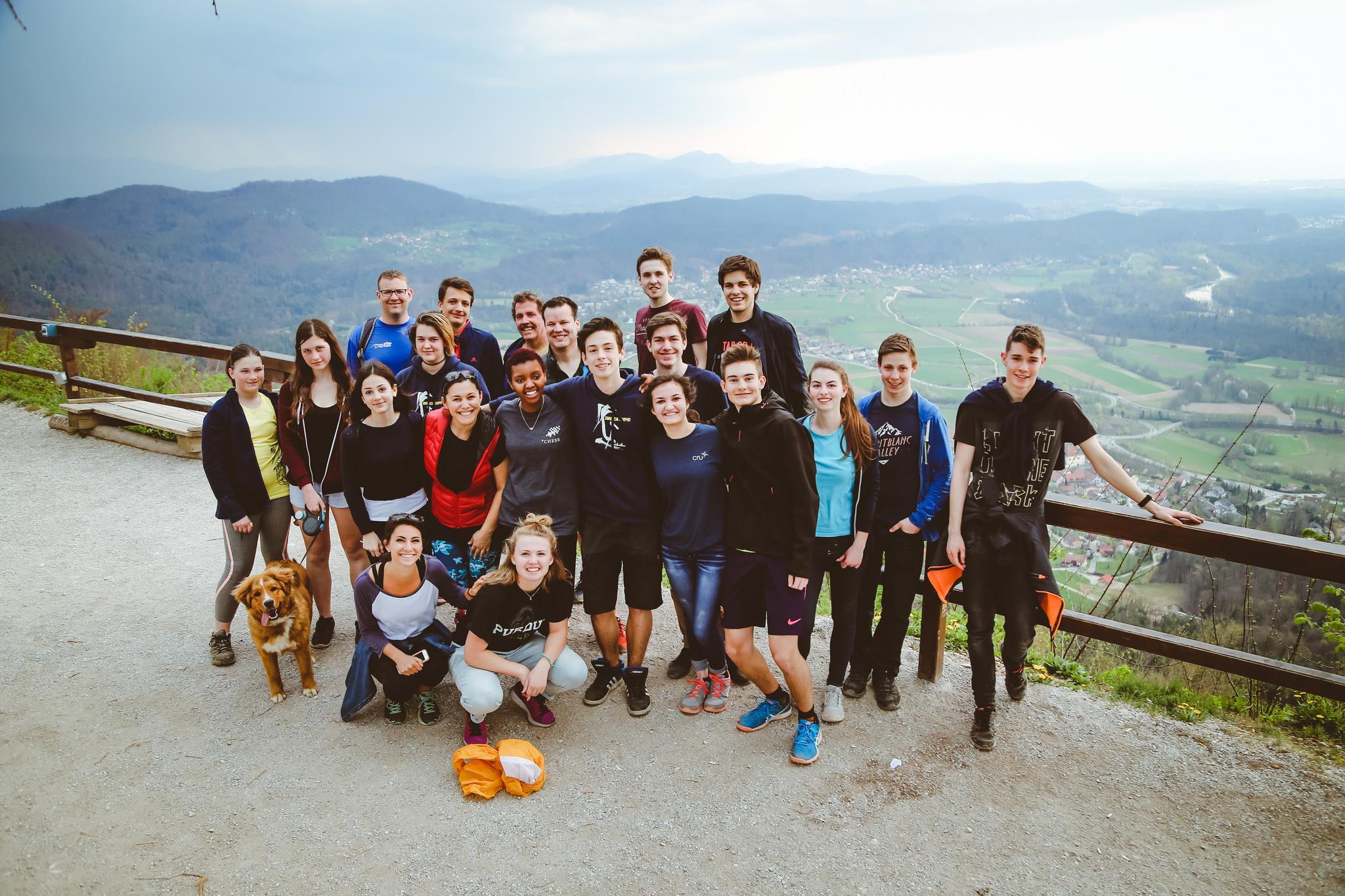 Vsak Študent je mednarodno gibanje študentov in dijakov v več kot 190 državah. -