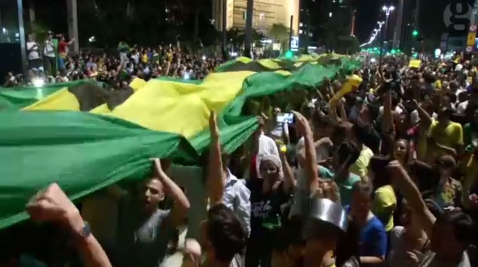 Brazilian citizens urging President Rousseff to resign. Credit: Still from The Guardian video