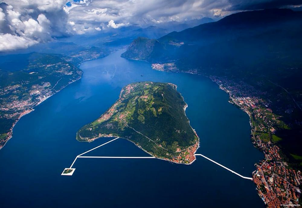 The floating piers as seen from the sky, linking two islands to the shore. Credit:Citynews-milanotoday.stgy.it ( full link )