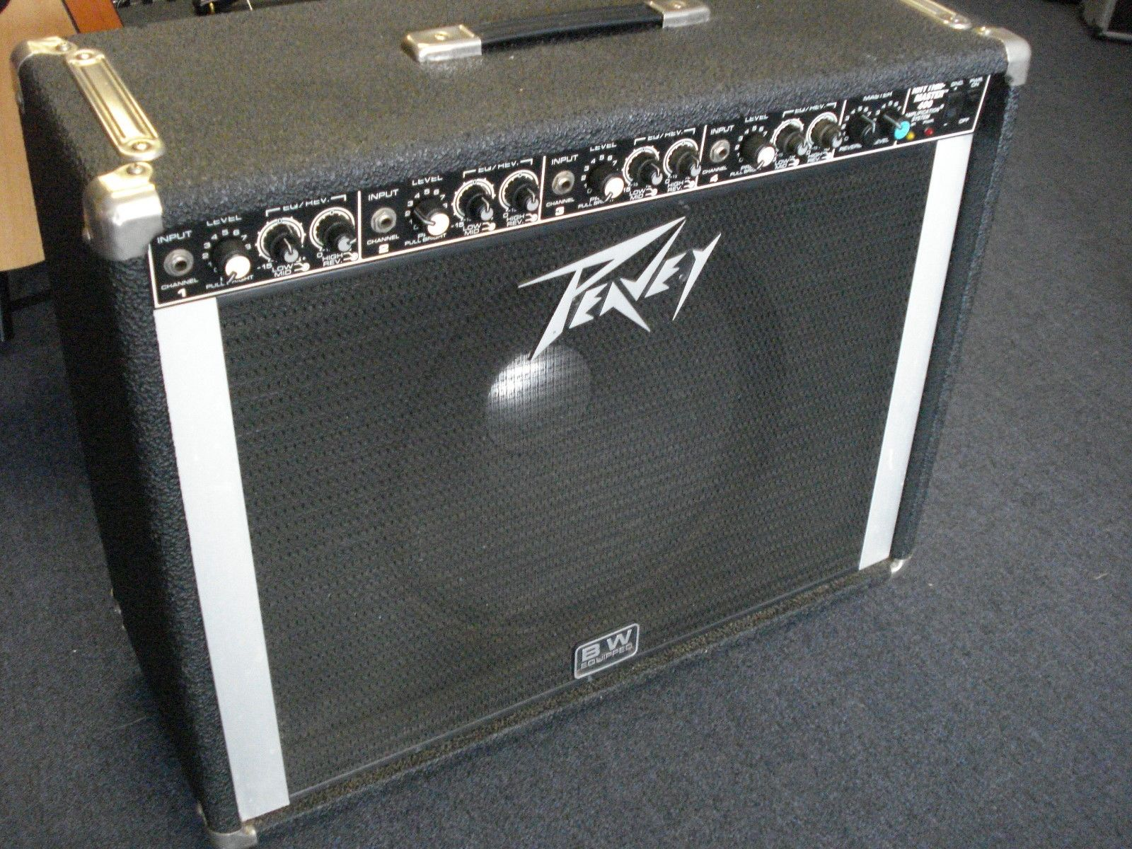 We buy used guitar and bass amps!
