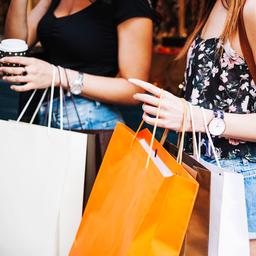REACH YOUR AUDIENCE - Reach more people on the move. On-street eye-level digital advertising is perfect for attracting and engaging your audience. Digital signage is proven to increase instore traffic and almost 20% of consumers make impulse purchases of products they've seen advertised digitally.Click here for more on outdoor digital plinths