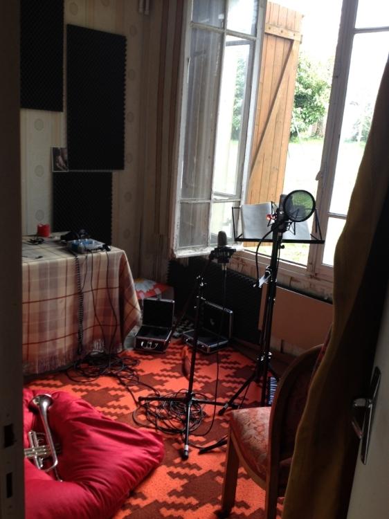 Inside the Jort-Studios. Or Jort-Studio, singular, as it's one room.