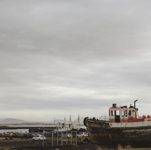 Back in #Reykjavik #Iceland for some more #GoingNorth ! Here, by the old #harbour #ukulele #roadtrips #blogger