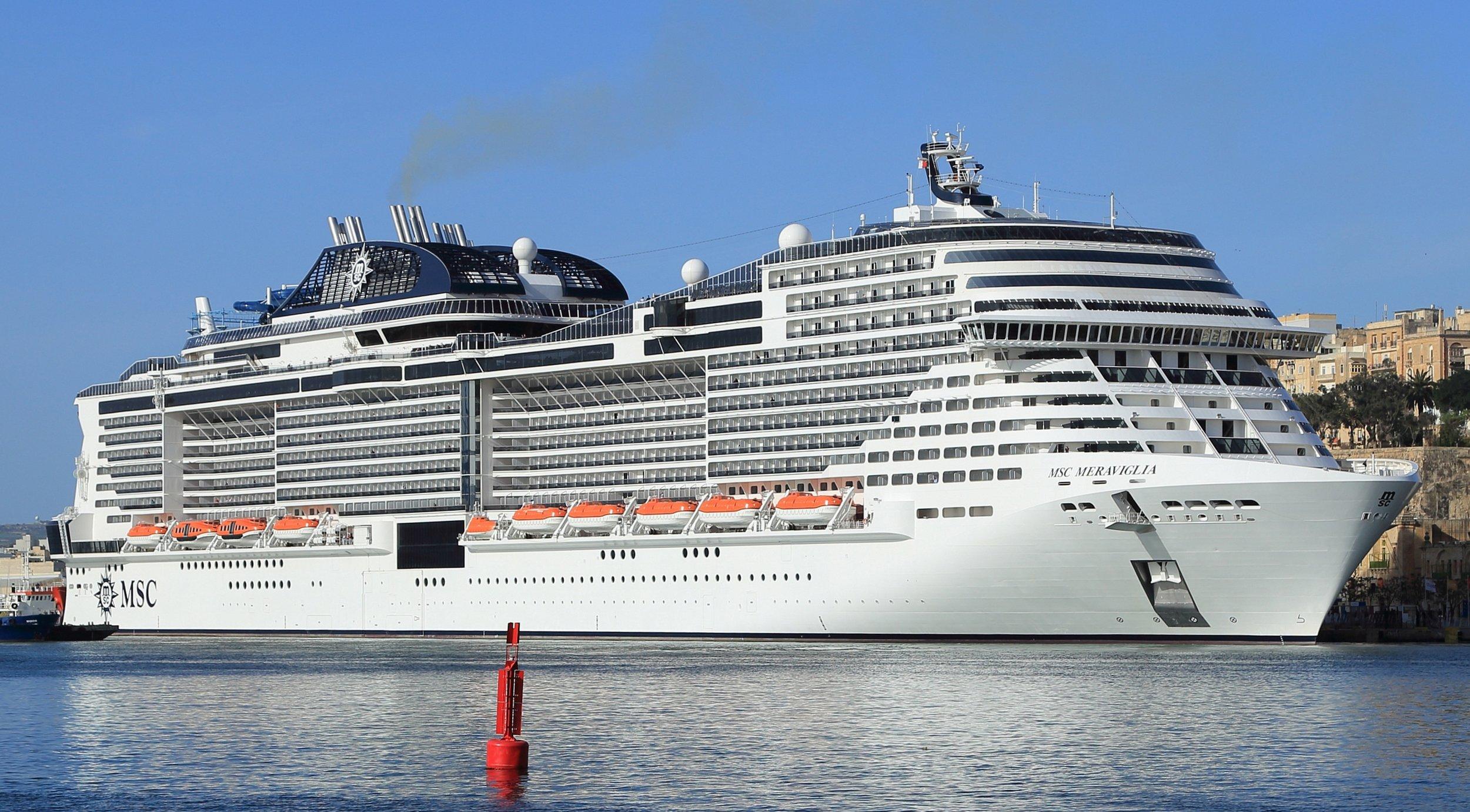 MSC_Meraviglia_Grand_Harbour_Malta_20180307_03_(cropped).jpg