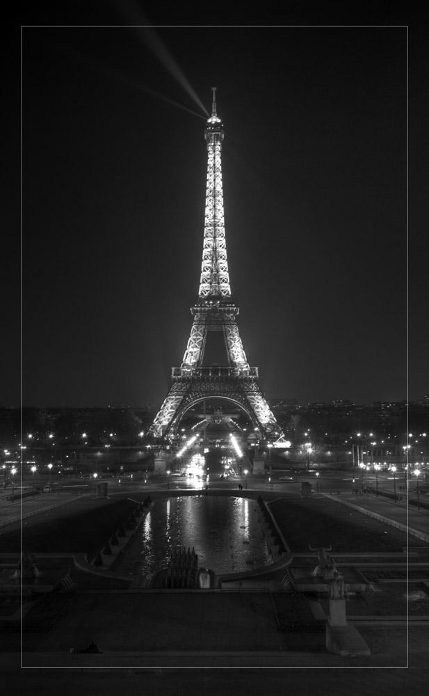 Eiffel-18_5x30.jpg