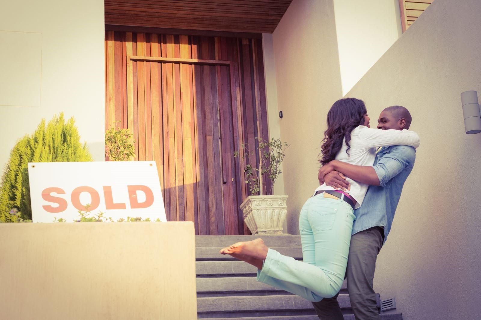 5 things to avoid applying mortgage.jpg