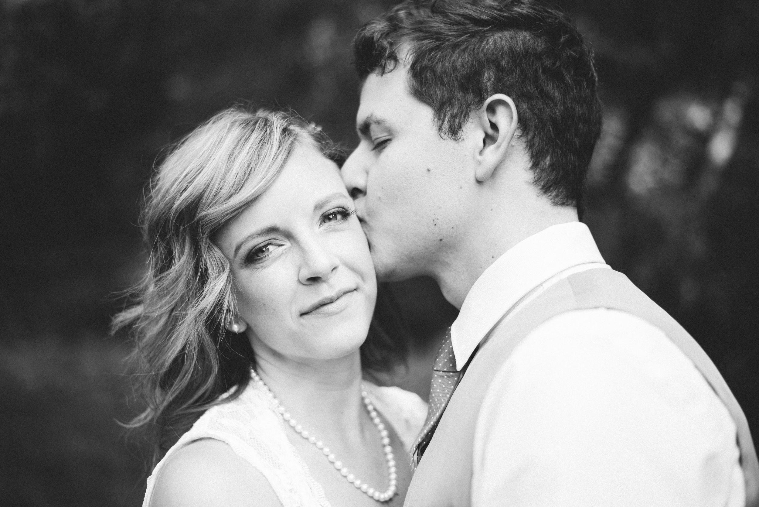 Liz&Mike Bridals-25.jpg