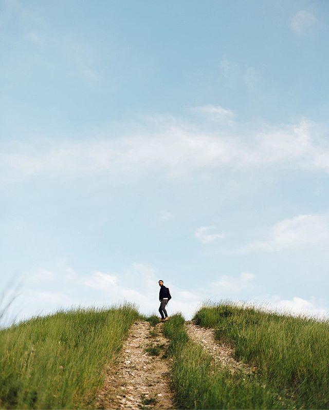 Has anyone seen Jonny's keys? 🔑 . . . . . . . . . . . . . . . . . #speechlessplaces #exploretocreate #passionpassport #mobilmag #ourplanetdaily #agameoftones #artofvisuals #lookslikefilm #moodygrams #beautifuldestinations #welivetoexplore #avontuurco #adventurethatislife #stayandwander #keepitwild #staywildmagazine #roamtheplanet #folkgood #exploreeverything #folktravel #folkvibe #folkcreative #moodcatchers #earthmood #beyondthelands_ #_earthwonders #auragramz #lightmob #takemoreadventures #lensbible