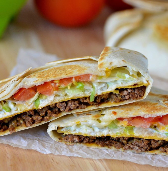Crunch_Wrap_Supreme-678x1024.jpg